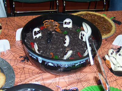 Halloween Cake With Nutter Butters Gummy Worms