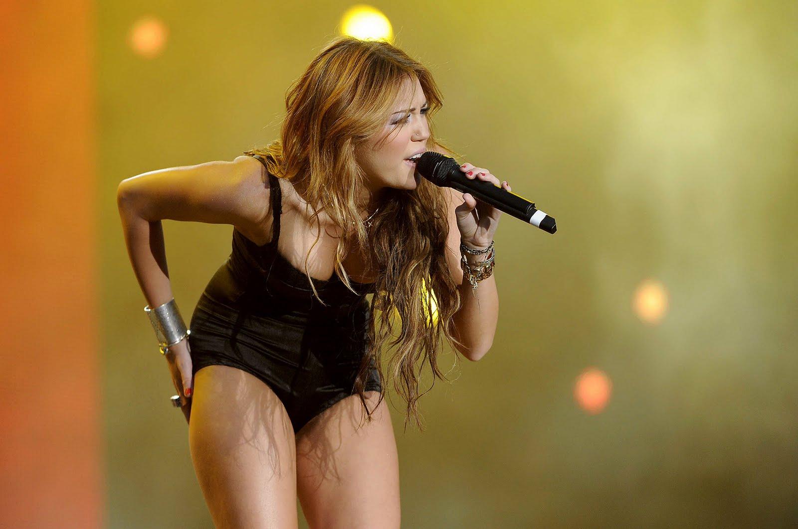 Mike sarà fatto e Miley Cyrus datazione