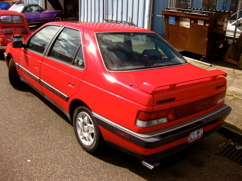 old parked cars 1989 peugeot 405 mi 16 sedan. Black Bedroom Furniture Sets. Home Design Ideas