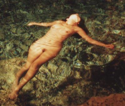 Ina Naked 82