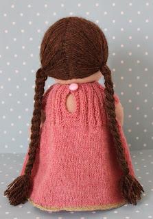 skulderlangt hår pjusk med forskellige længder