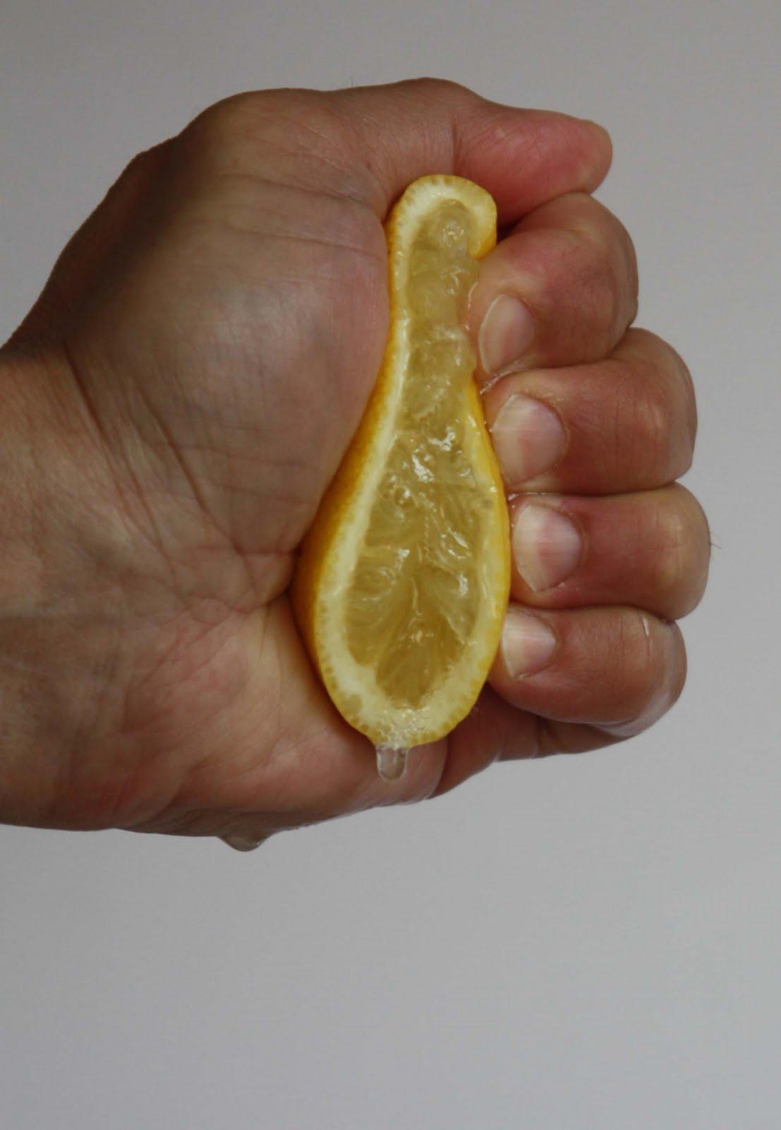 Afbeeldingsresultaat voor citroen uitpersen