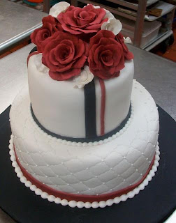 red and white 2 tier wedding cakes wedding cakes pictures two tier roses wedding cake 19089
