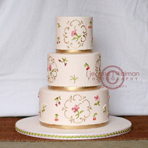 Wedding Cakes Inspired By China Patterns: PINK CHINA PATTERN