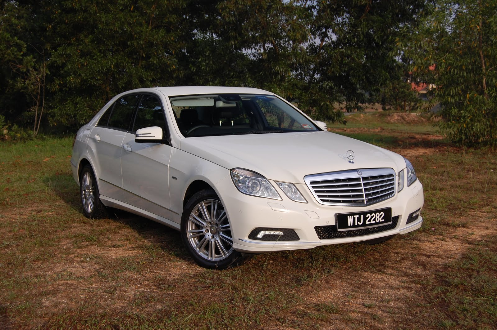 For Wheels Tried Amp Tested Mercedes Benz E200 Cgi W212