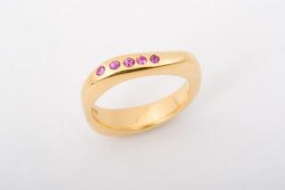 لمحبات الذهب...اختاري مايعجبك 667_birth_gold_ring_
