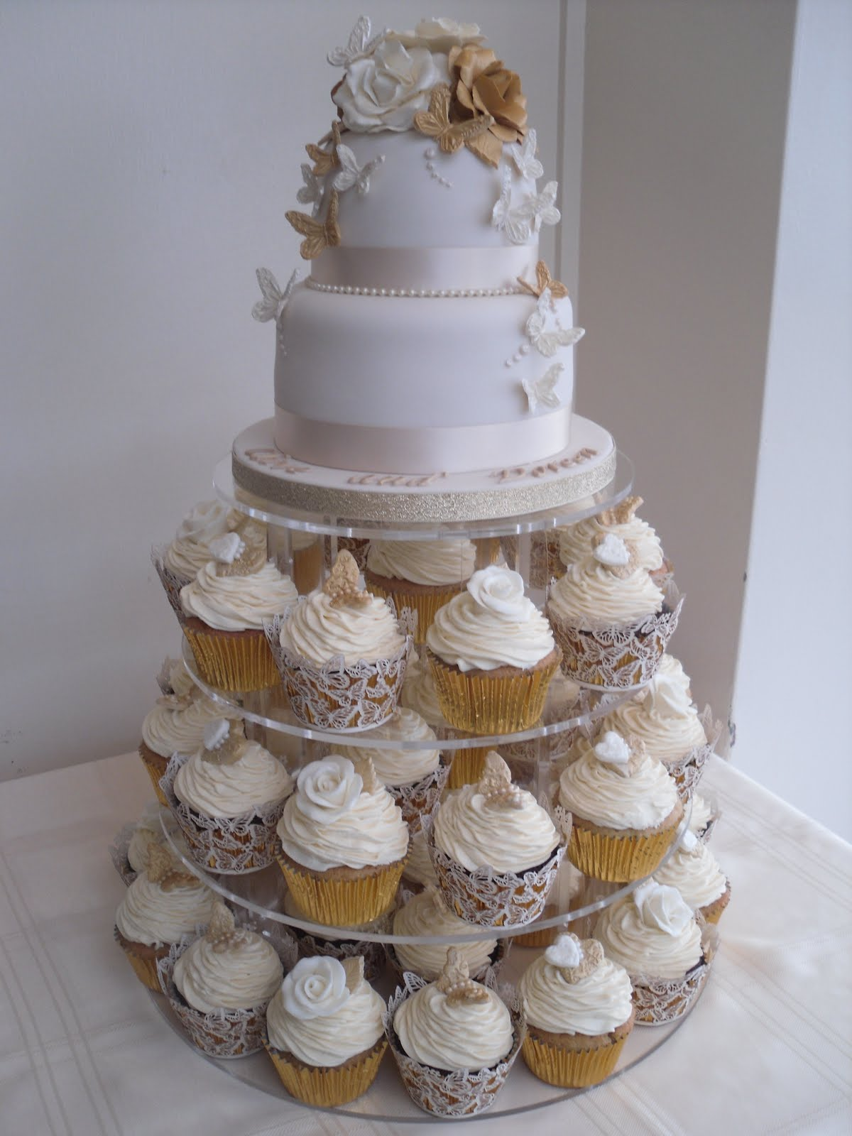 wedding cake and cupcake ideas katies cupcakes golden wedding anniversary 21729