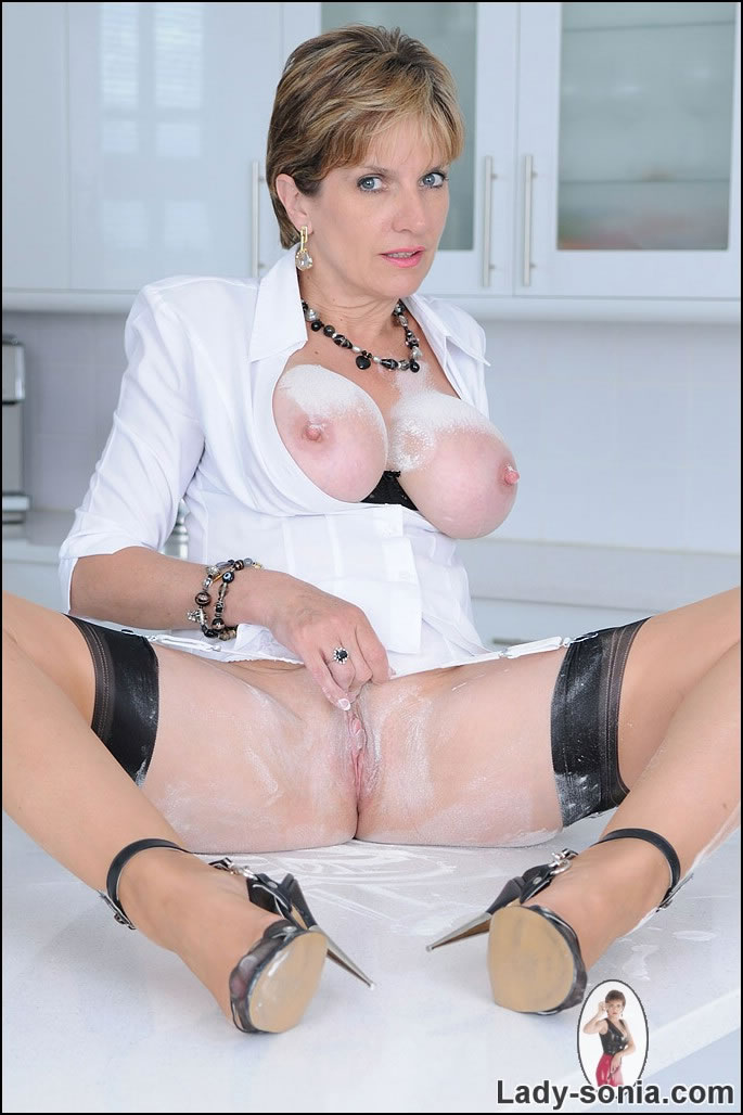 Seems Lady sonia shaved pussy