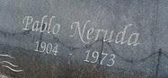 Lápida Pablo Neruda