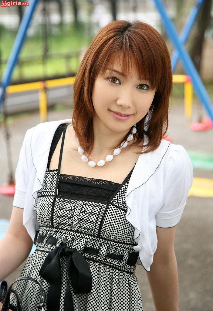 japanese office ladies picture gallery: Japanese OL sayaka ...