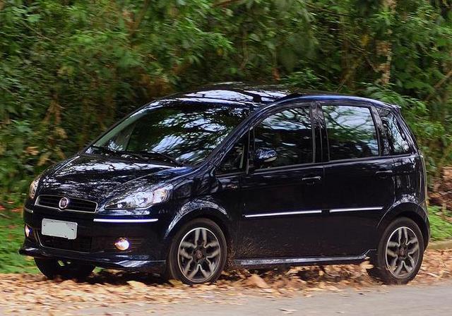 Fiat Idea Sporting 2011 A Minivan Esportiva Agrada No Visual E No