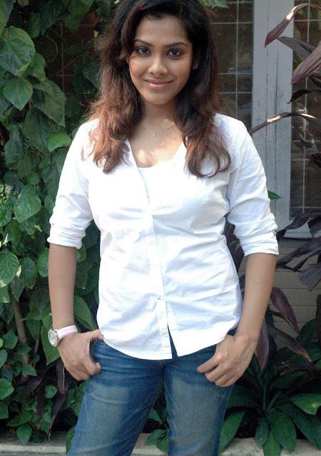Sandhya Latest Stills 6
