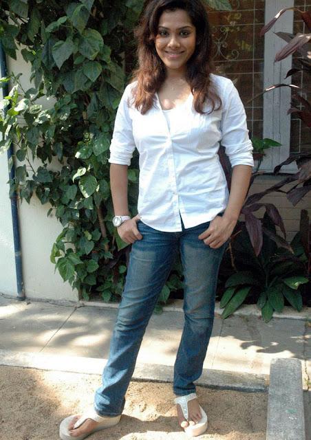 Sandhya Latest Stills 7
