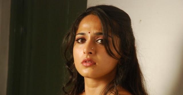 Anushka From Vedam Movie Still 4