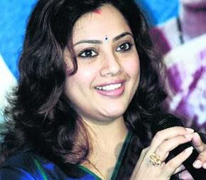 Meena eyes on Kannada films