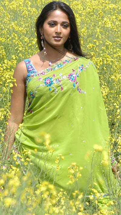 Kerala mom anties and son sexy photos