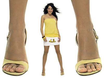 halle beauty blog johanna klum feet. Black Bedroom Furniture Sets. Home Design Ideas