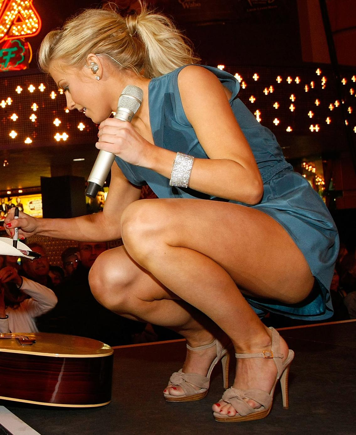 Bigfoot Celebrity: Julianne Hough Feet
