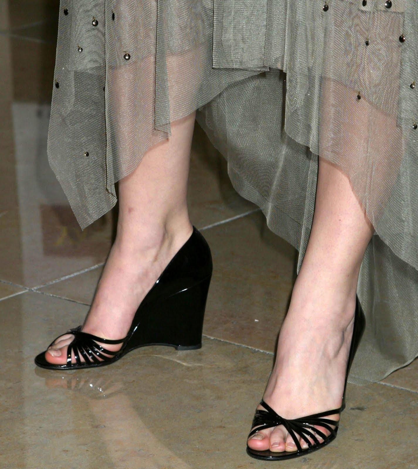 Jessica Nigri Shoe Size
