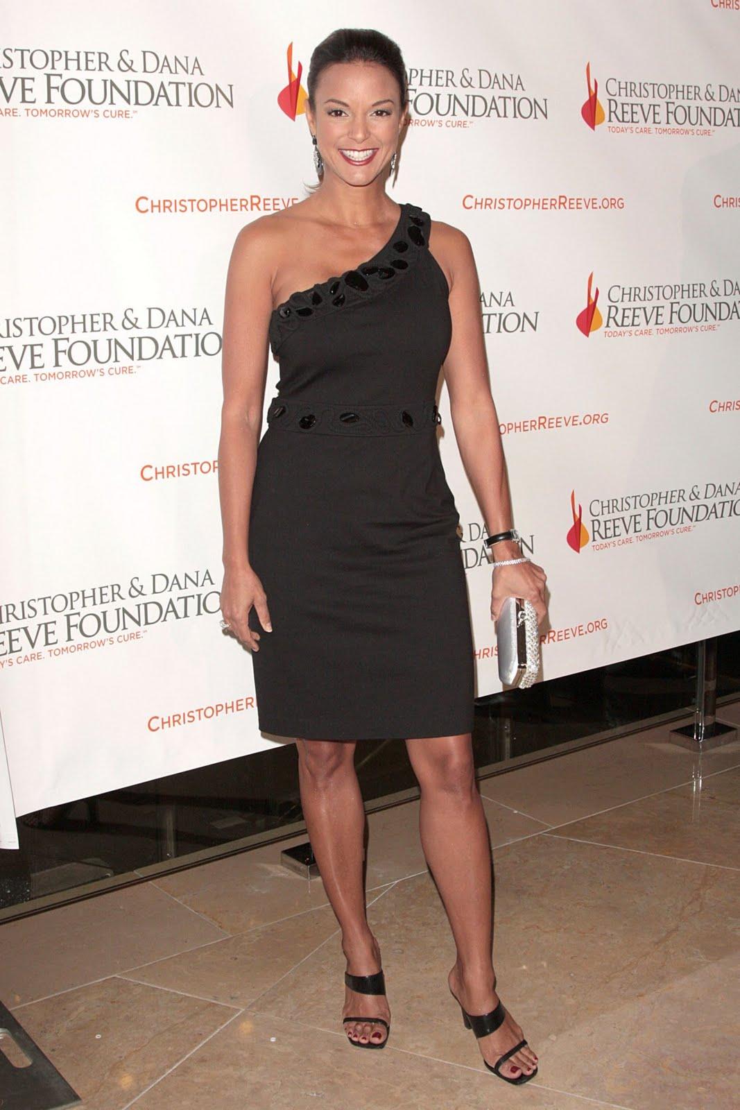 HAlLe Beauty Blog: Eva LaRue Feet  HAlLe Beauty Bl...