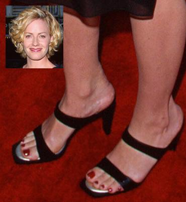 Elizabeth Shue Famous Feet Women S Feet Shoes Sandals