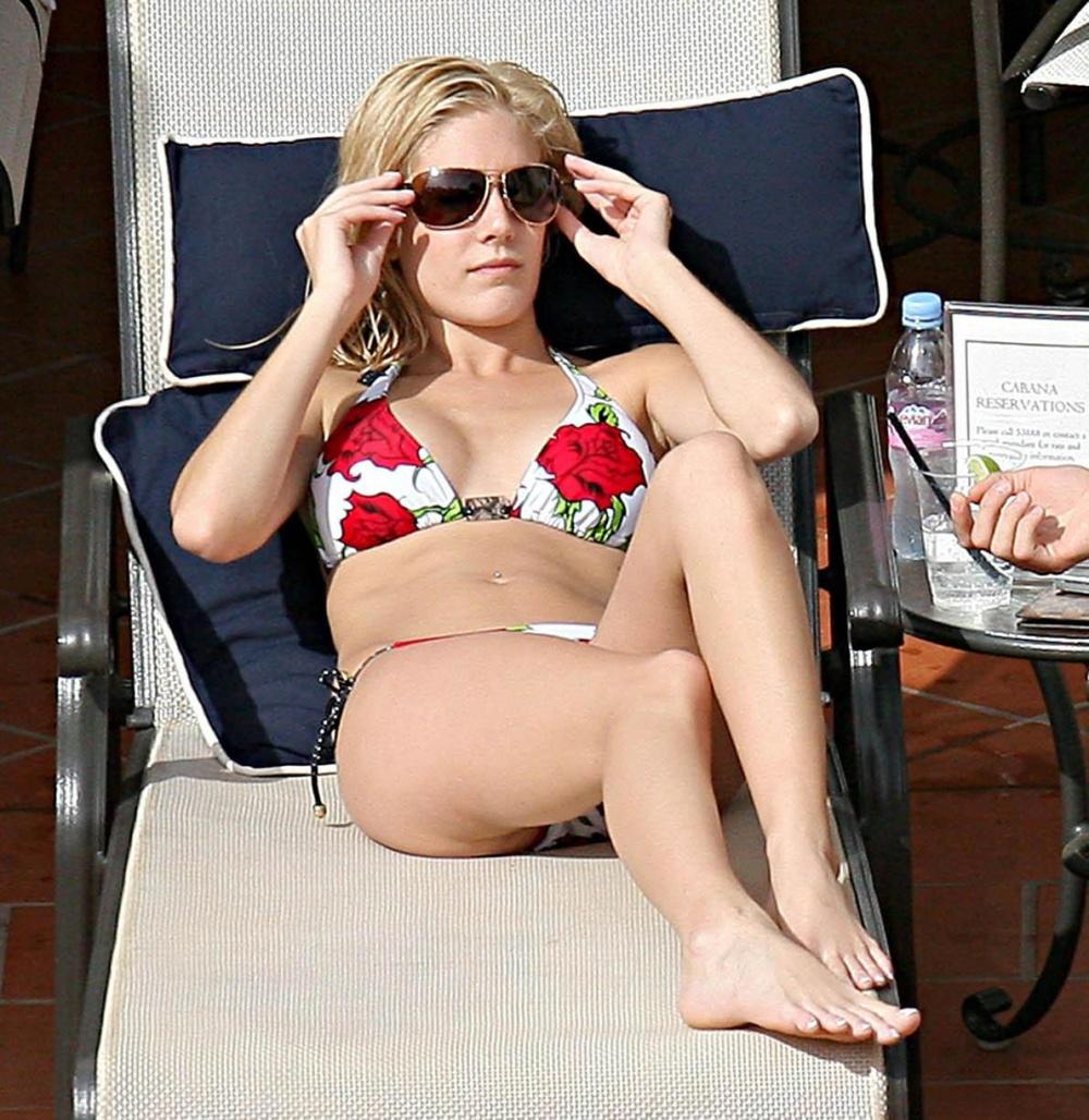 Heidi Collins Legs 14