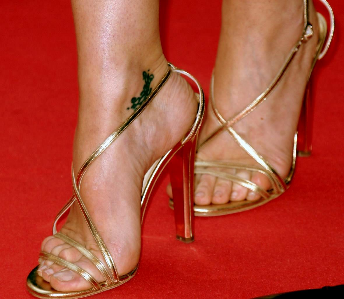 Feet Gillian Anderson naked (46 photo), Sexy, Cleavage, Twitter, braless 2019