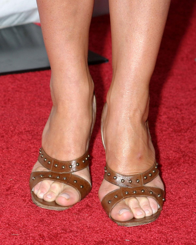 Celebrity Feet Magazine: Natalie Portman Feet