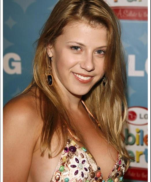 Nicole peters boobs