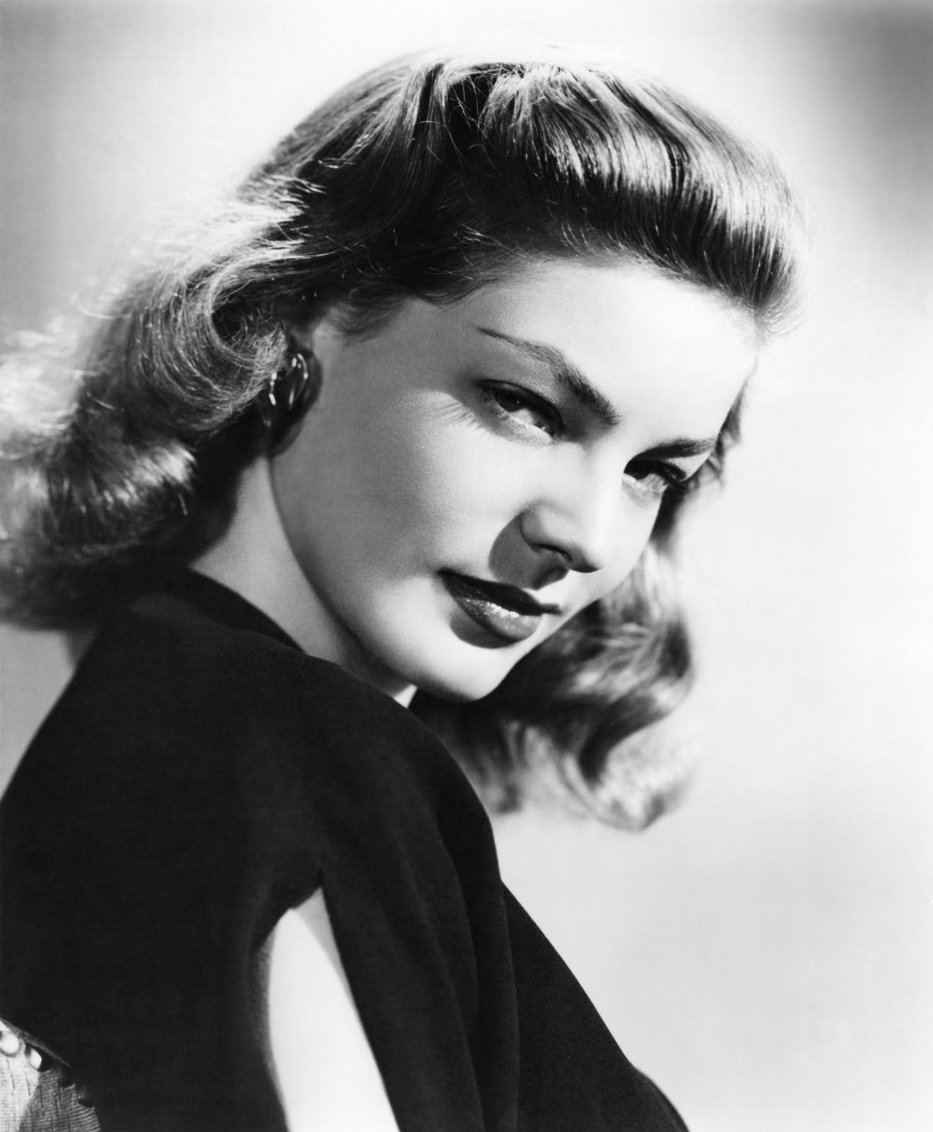 How Do You Put Quotes On Pictures: LAUREN BACALL Biography, Pictures, Quotes, Photos, Videos