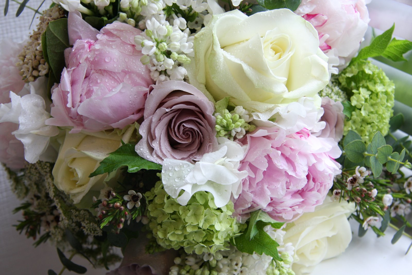 The Flower Magician: Peony, Rose & Sweet Peas In A