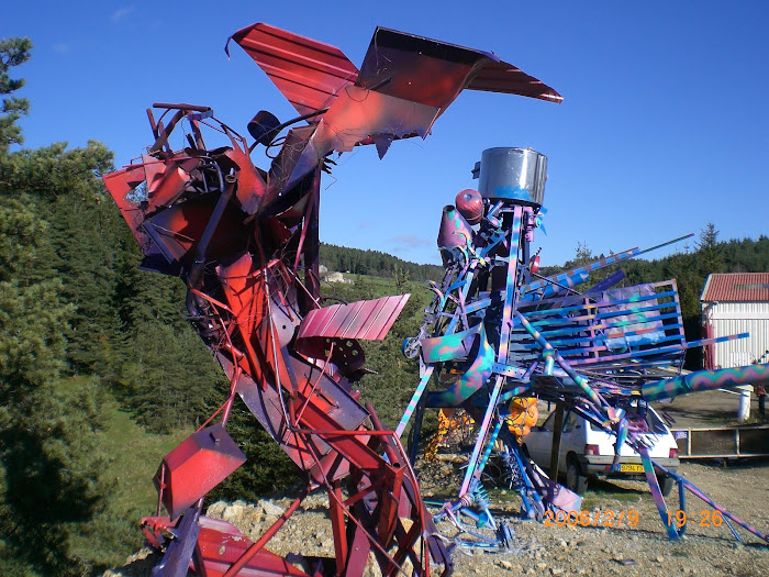 stage sculpture