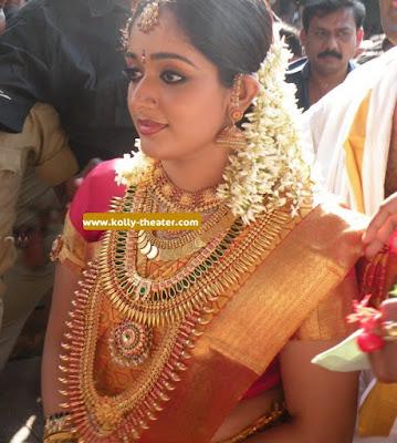 Kavya Madhavan files for divorce