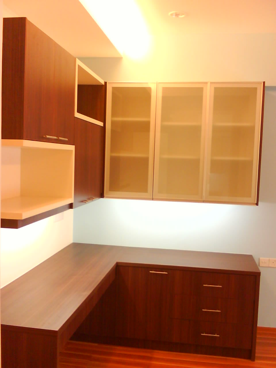 Cabinet design kuala lumpur study cabinet for Cupboard cabinet designs
