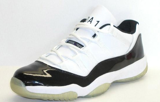 92ab74c2a0ca The Air Jordan XI (11) Low  Concord  – Derek Anderson Player Exclusive  featured his initials  D.A  and number  1′ stitched on the tongue.