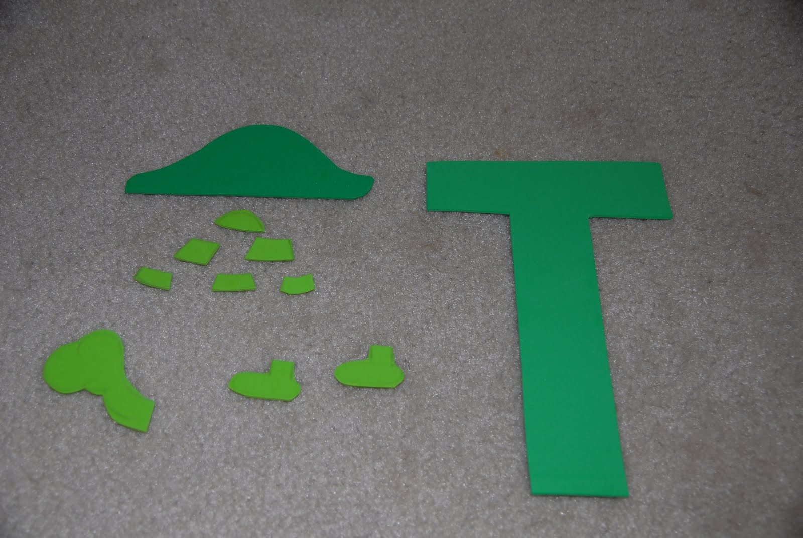 Mc Tot Tot School Letter T Craft