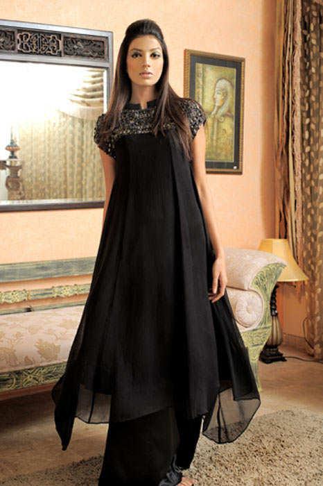 Beautiful Pakistani Fashion Model