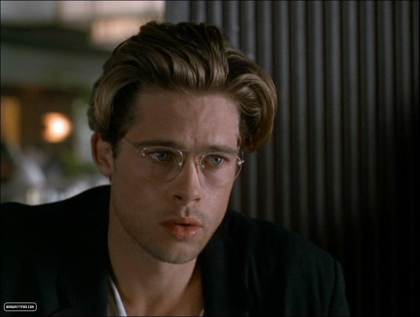 9d98611181529 Guys With Glasses  Brad Pitt