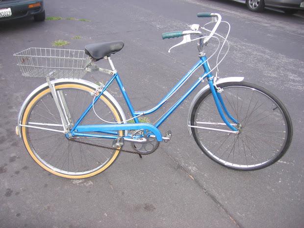 Big Shed Bikes Blue Schwinn Breeze