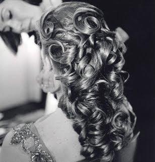 Coiffure mariage cheveux detaches boucles
