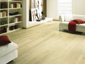 mor og datter hvilket laminat eller parkett gulv skal man velge. Black Bedroom Furniture Sets. Home Design Ideas