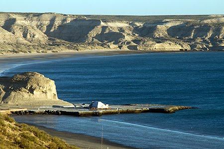 Playa Las Cuevas, muy Cerca de Puerto Pirámides