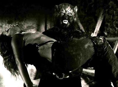 Paul Naschy como Hombre Lobo
