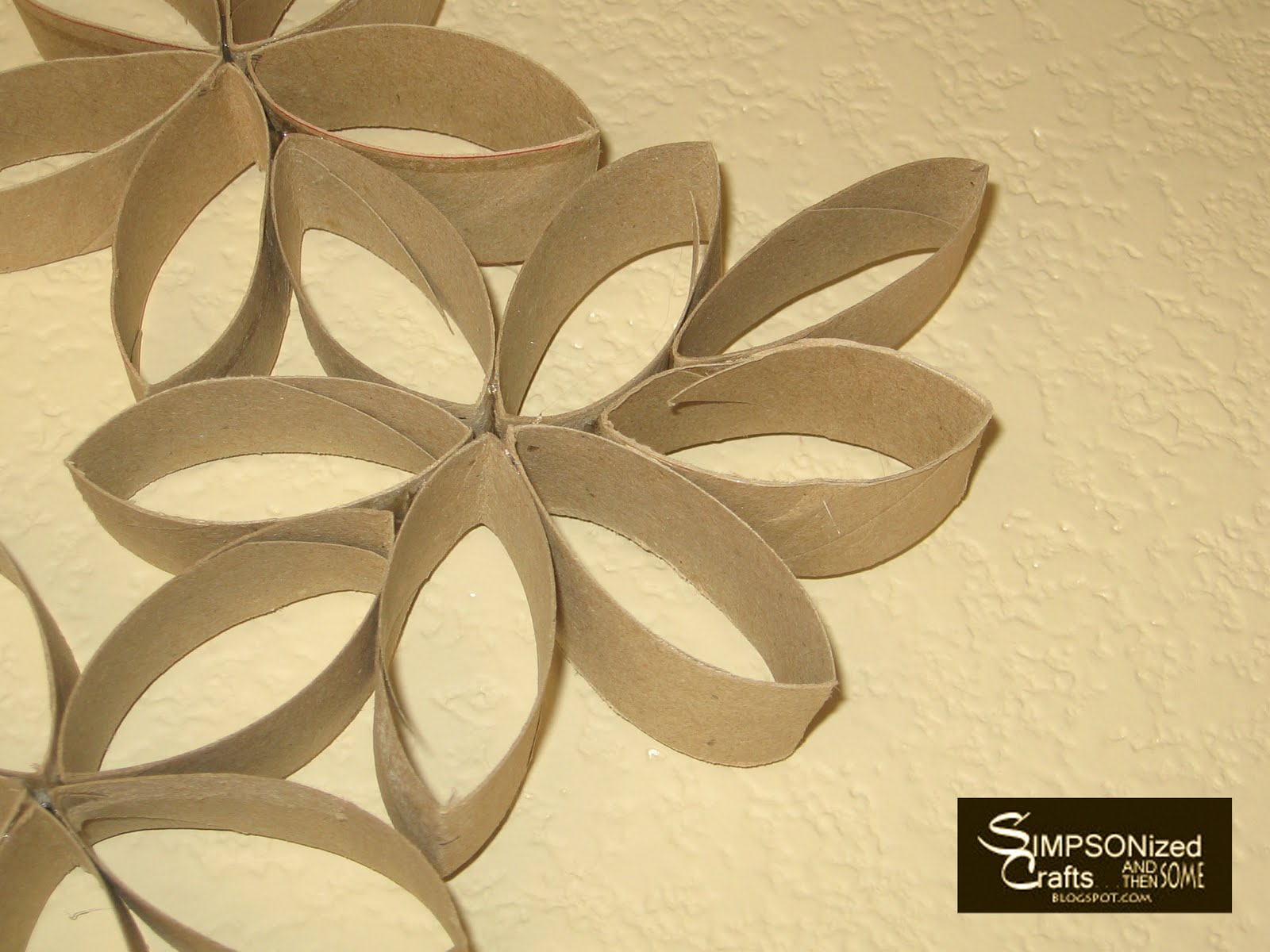 Funky Toilet Paper Roll Wall Decor Frieze - The Wall Art Decorations ...