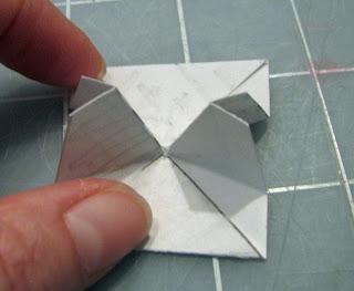 v-fold pop up