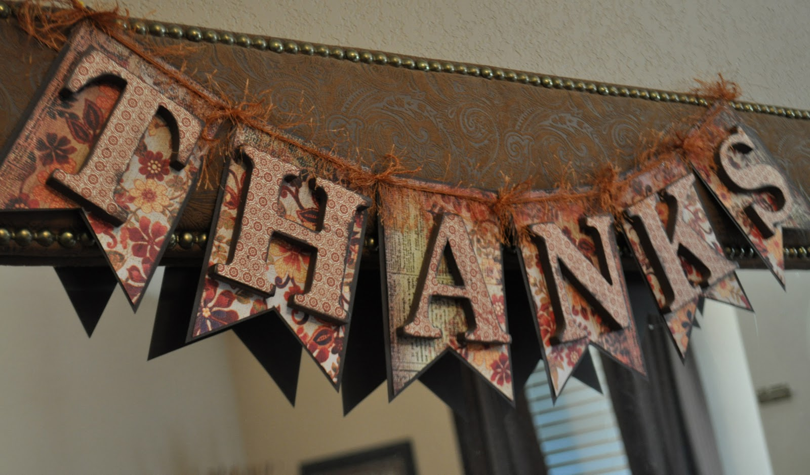 Fall Garland Thanksgiving Crafts C R A F T