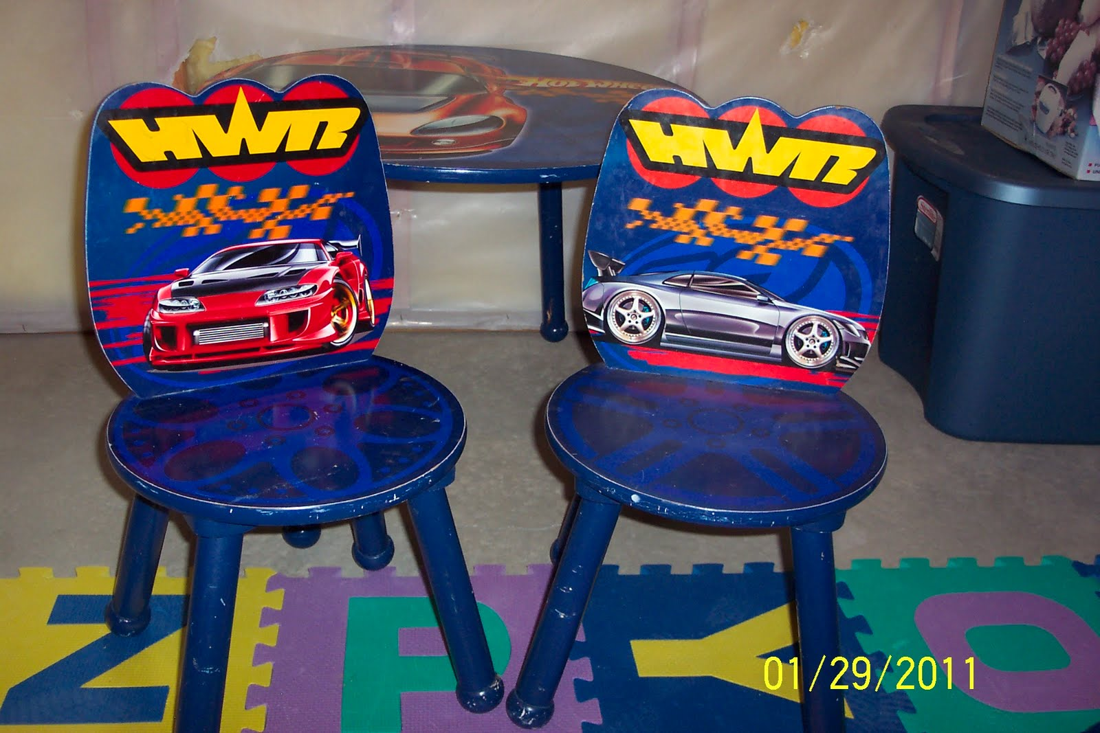 Cleaning Out Our Closets Kids Hot Wheels Table and Chairs