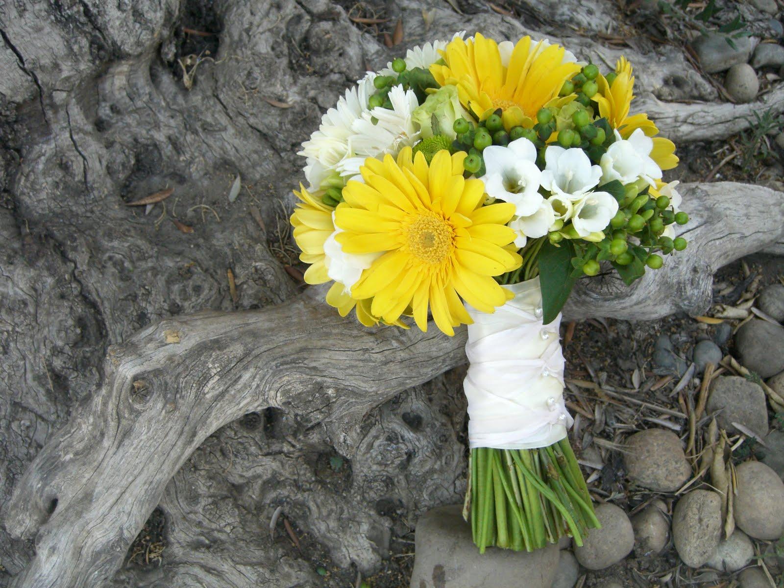 Yellow Gerbera Daisy Wedding Bouquet Wedding Ideas