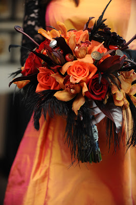 debbie pitt flowers for special occasions the halloween wedding i did for my daughter. Black Bedroom Furniture Sets. Home Design Ideas