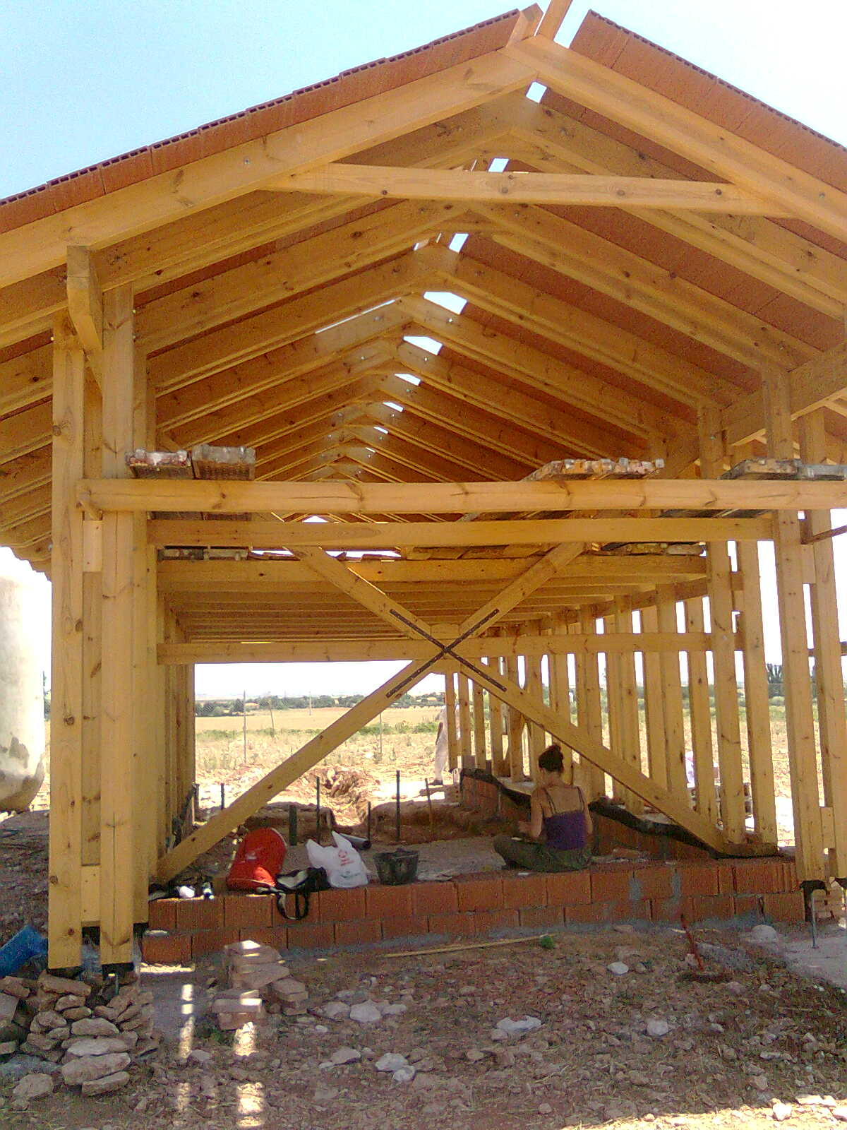 estructura que soportará la construcción con paja